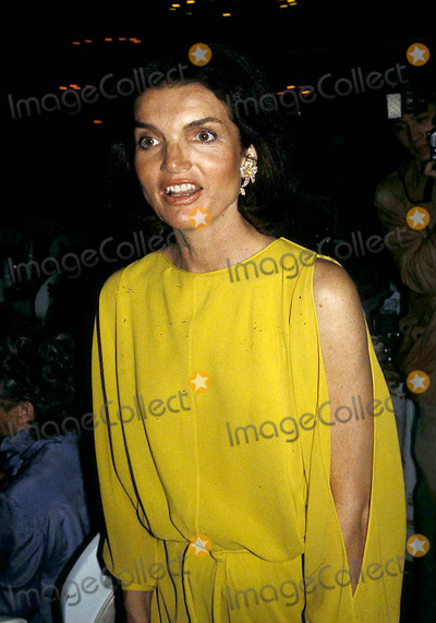 Jacqueline Kennedy Onassis Photo - Jacqueline Kennedy Onassis Photo Byadam ScullGlobe Photos Inc 1978 Jacquelinekennedyonassisretro