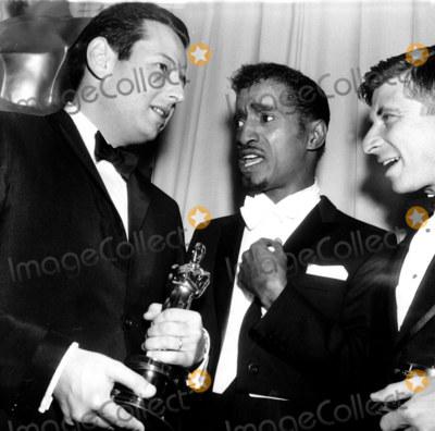Andre Previn Photo - -21 36th Annual Academy Awards Andre Previn_sammy Davis Jr_ Elmer Bernstein Globe Photosinc