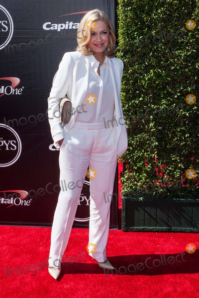 Diane Sawyer Photo - Diane Sawyer attends the 2015 Espys on July 15th-2015 at the Microsoft Theater in Los AngelescaliforniausaphotoleopoldGlobephotos