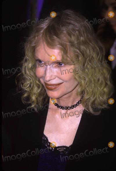 Mia Farrow Photo - 05012003 Gypsy Opening Night at Shubert Theatre New York City Photo by John B ZisselipolGlobe Photos Inc 2003 Mia Farrow