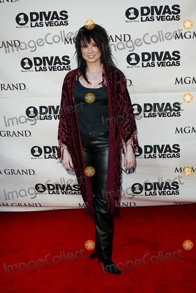 Meredith Brooks Photo - Divas Las Vegas at Mgm Grand Theatre Las Vegas NV Meredith Brooks Photo by Fitzroy Barrett  Globe Photos Inc 5-23-2002 K25045fb (D)