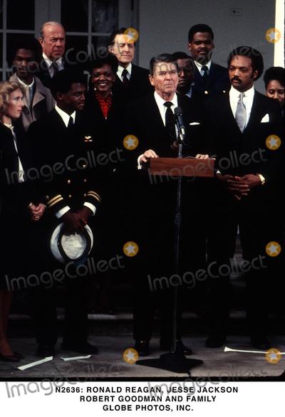 Ronald Reagan Photo -  Ronald Reagan Jesse Jackson Robert Goodman and Family Globe Photos Inc