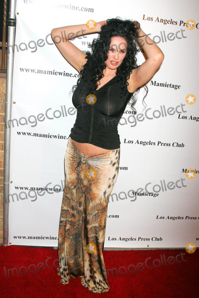 Julie Strain Photo - Mamie Van Doren Launches Her Collectible Limited Edition Bottles of Wine Eleven Restaurant West Hollywood California 11-14-2007 Julie Strain Photo Clinton H Wallace-ipol-Globe Photos Inc