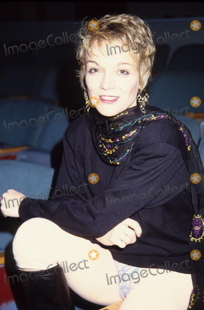 Cathy Rigby Photo - Cathy Rigby Peter Pan Rehearsal 1990 A6924 Photo by Adam Scull-Globe Photos Inc