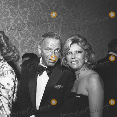 Nancy Sinatra Photo - Nancy Sinatra with Father Frank sinatrasupplied by Globe Photos Inc