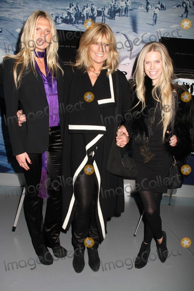 Theodora Richards Photo - Patti Hansen and Daughters Alexandra Richards Theodora Richards at NY Premiere of Act of Valor at the Intrepid Pier 86 W46st Photo by John BarrettGlobe Photos Inc