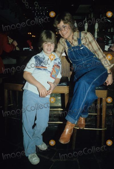 Adam Rich Photo - Adam Rich with Lani Ogrady 1980 R8794 Photo by Fitzroy Barrett-Globe Photos Inc