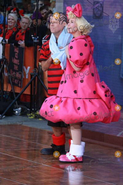 Savannah Guthrie Photo - Carson Dalysavannah Guthrie at Nbcs todayspooktacular Costume Party at Rockefeller Plaza 10-30-2015 John BarrettGlobe Photos