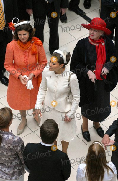 Princess Victoria of Sweden Photo - Visit to Fiels Shopping Centre-swedish State Visit-restaden Copenhagen Denmark 05-10-2007 Photo by Ricardo Ramirez-richfoto-Globe Photos Inc Queen Margrethe of Denmark  Queen Silviaprincess Victoria of Sweden