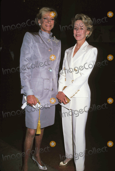 Anne Bass Photo - 5-14-1994 the Andy Warhol Museum Opening Nan Kempner and Ann Bass Photo Byrose Hartman-Globe Photos Inc