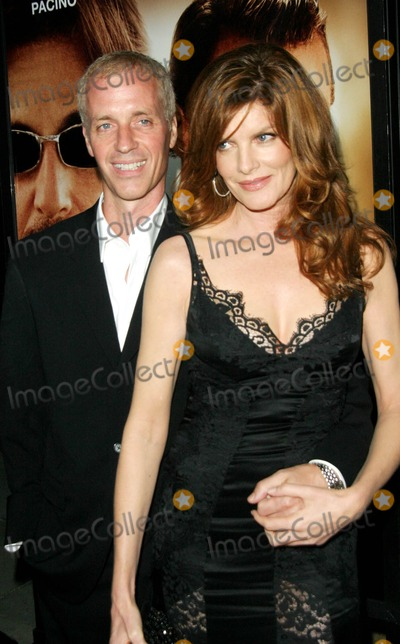 RENEE RUSSO Photo - Two For the Money World Premiere Academy of Motion Picture Arts and Sciences Beverly Hills CA 09-26-2005 Photo Clintonhwallace-photomundo-Globe Photos Inc Rene Russo and Dan Gilroy