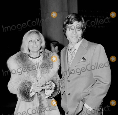 Tina Cole Photo - Don Grady with Tina Cole at Jim Webb Concert 1970 6892 Photo by Phil Roach-ipol-Globe Photos Inc