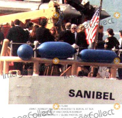John F Kennedy jr burial