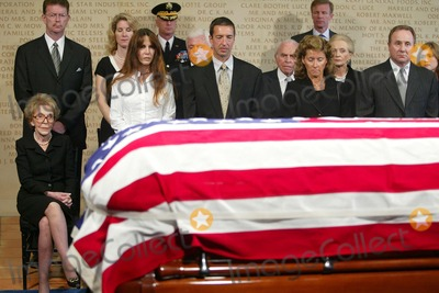 President Ronald Reagan Photo - Nancy Reagan with Patti Davis and Ronald Reagan Also Merv Griffin and Michael Reagan - Ceremony and Repose at Ronald Reagan Presidential Library in Simi Valley For Former President Ronald Reagan - 06072004 - Photo by PoolGlobe Photos Inc2004