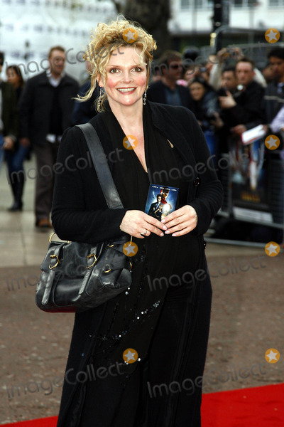 Sharon Small Photo - Sharon Small Actress K58052 the Iron Man Film Premiere Odeon Leicester Square London United Kingdom 04-24-2008 Photo by Neil Tingle-allstar-Globe Photos Inc