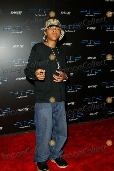 Lil Bow Wow Photo - Playstation 2 Pre-grammy Party at Pacific Design Center Los Angeles CA Lil Bow Wow Photo by Fitzroy Barrett  Globe Photos Inc 2-25-2002 K24191fb (D)