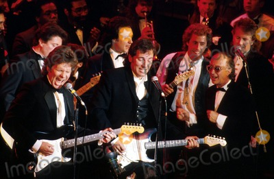 Bruce Springsteen Photo - 1890 Rock and Roll Hall of Fame John Fogerty Bruce Springsteen  Roger Daltrey and Paul Schaffer John BarrettGlobe Photos Inc