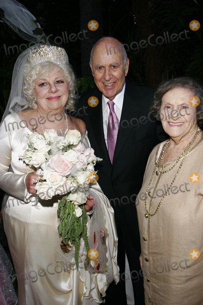 Joseph Bologna Wallpapers Renee Taylor and Joe Bologna Renew Their Vows After Years of