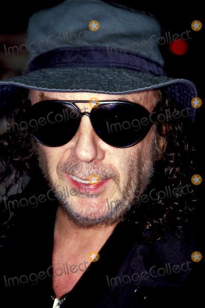 Phil Spector Photo - Sd0306 Around Town in New York City Phil Spector Photo Byrick MacklerrangefinderGlobe Photos Inc 2000 Philspectorretro