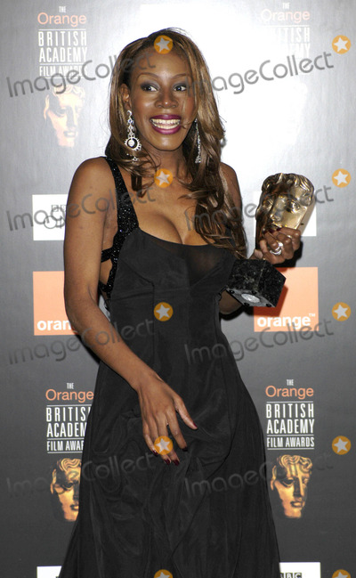Amma Assante Photo - 02-12-2005 001170 Bafta Film Awards 2005 Pressroom -Odeon Leicester Square London Photo by Henry Davenport-globelink-Globe Photos 2005 Amma Asante