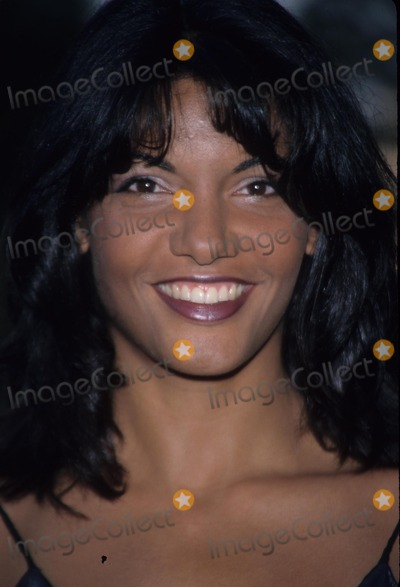 Maria Conchita Alonso Photo - Maria Conchita Alonso 1999 the 25th Annual Saturn Awards Photo by Michelson-Globe Photos Inc