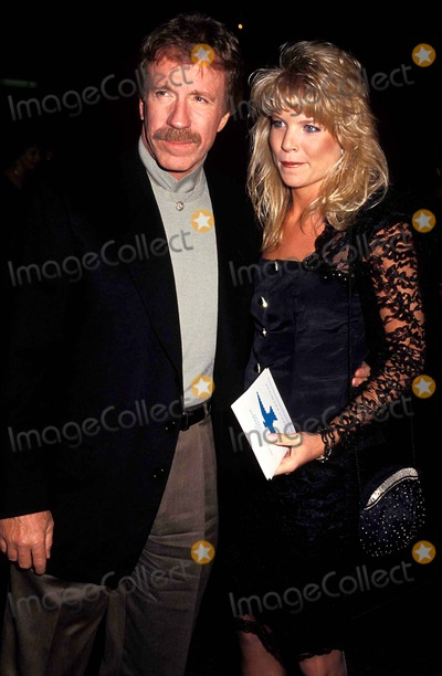 Chuck Norris Photo - Chuck Norris and Monica Hall Photo Phil Roach  Globe Photos Inc Chucknorrisretro