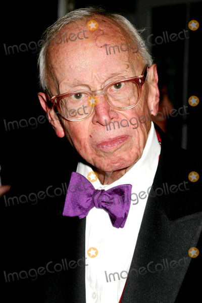 Arthur Schlesinger Photo - Citizens For NYC Honored by New York Magazine 30years Ago Honors the Magazine at Its New Yorker For the New York Awards Benefit Waldorf-astoria New York City 2-14-2005 Photo Mitchell Levy-rangefinders-Globe Photos Inc 2005 Arthur Schlesinger