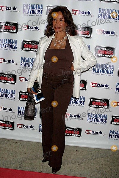August Wilson Photo - Pasadena Playhouse Presents the Opening of August Wilsons Fences the Pasadena Playhouse Pasadena CA 09-01-2006 Freda Payne Photo Clinton H Wallace-photomundo-Globe Photos Inc