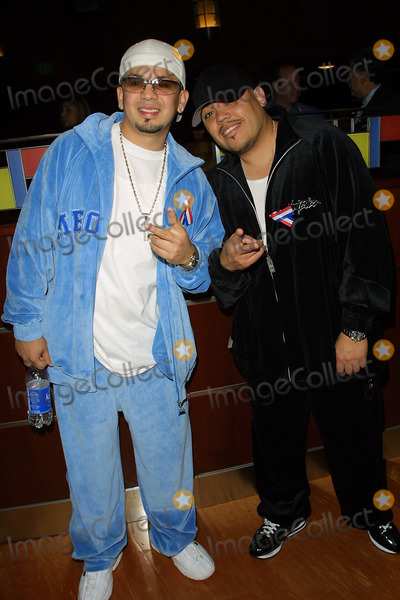 AB Quintanilla Photo - Grammy Awards Press Conference at Staples Center in Los Angeles CA Cruz Martinez  Ab Quintanilla Kumbia Kings Photo by Fitzroy Barrett  Globe Photos Inc 10-18-2001 K23124fb (D)