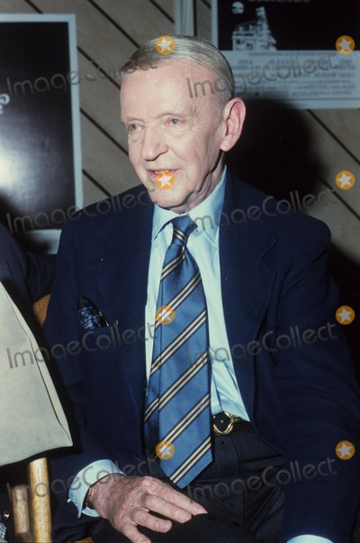 Fred Astaire Photo - Fred Astaire Supplied by Globe Photos Inc