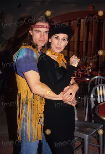 Anna Stuart Photo - Anna Stuart with Matt Crane at Halloween Party Shoot 1993 L6682eg Photo by Ed Geller-Globe Photos Inc