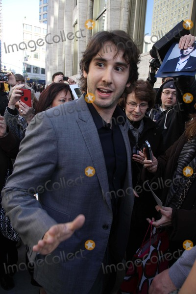 Hole Photo - Josh Groban Arriving at a Celebration of Paul Newman Dream Benefit For Paul Newmans Assocation of Hole in the Camps at Avery Fisher Hall  Lincoln Centrer Photo by John BarrettGlobe Photos