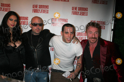 Tera Patrick Photo - Gene Simmons Roast Key Club West Hollywood California 11-27-2007 Tera Patrick and Evan Seinfeld with Steve-o and Danny Bonaduce Photo Clinton H Wallace-photomundo-Globe Photos Inc