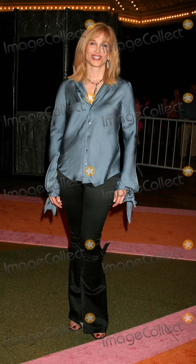 Nancy Glass Photo - Womenrock Lifetime Television Concert at the Wiltern Theatre Los Angeles CA (092804) Photo by ClintonhwallaceipolGlobe Photos Inc2004 Nancy Glass