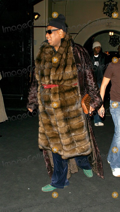 Andre Talley Photo - Olympus Fashion Week - Marc Jacobs Fall 2004 Collection Nys Armory 26th Street New York City 292004 Photo John Zissel  Ipol  Globe Photos Inc 2004 Andre Talley Hall