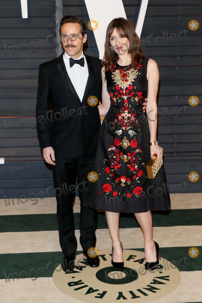 Alessandro Nivola Photo - Actors Alessandro Nivola and Emily Mortimer Attend the Vanity Fair Oscar Party at Wallis Annenberg Center For the Performing Arts in Beverly Hills Los Angeles USA on 22 February 2015 Photo Alec Michael