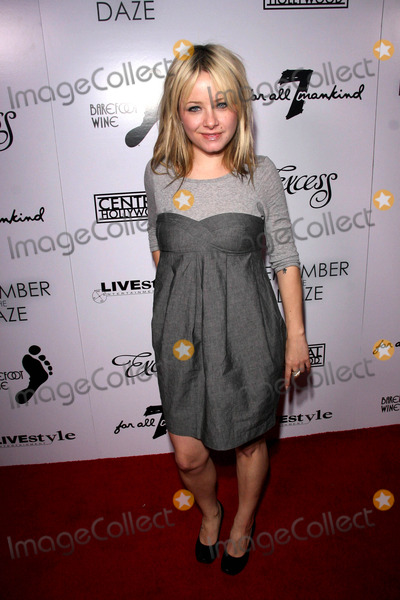 "Photos and Pictures - Premiere of ""Remember the Daze"" at ..."