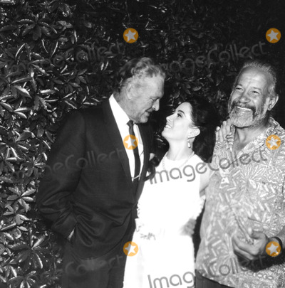 Linda Cristal Photo - Leif Erickson Linda Cristal and Frank Silvera a937-12 Nate CutlerGlobe Photos Inc