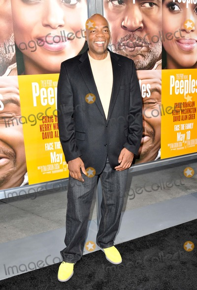 Alonzo Bodden Photo - Alonzo Bodden attending the Los Angeles Premiere of Peeples Held at the Arclight Cinerama Dome in Hollywood California on May 8 2013 Photo by D Long- Globe Photos Inc