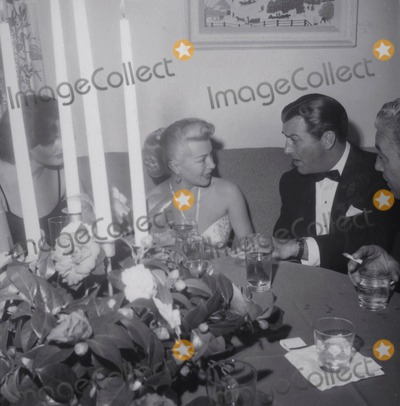 Lana Turner Photo - Robert Taylor and Lana Turner Photo Globe Photos Inc