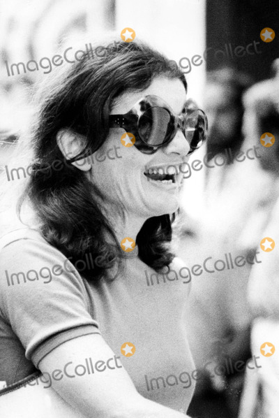 Jacqueline Kennedy Onassis Photo - Jacqueline Kennedy Onassis 1973 Supplied by Globe Photos Inc