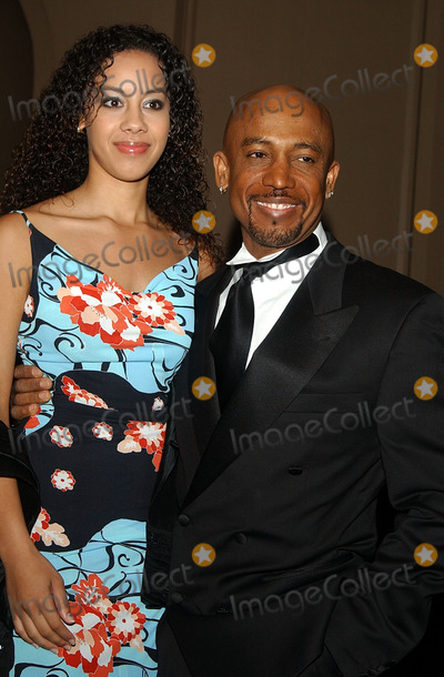 Montell Jordan Photo - Tree of Life Awards Regent Beverly Wilshire Hotel Photo by Amy Graves Globe Photos Inc Copyright 2002 (D) Montel Jordan and Daughter