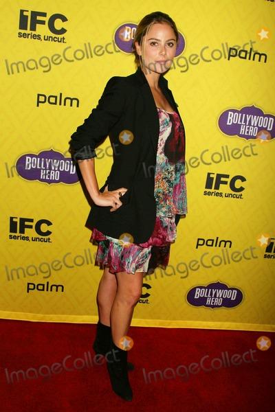 Amanda Brooks Photo - Bollywood Hero Los Angeles Premiere Cinespace Hollywood California 07-27-2009 Amanda Brooks Photo Clinton H Wallace-photomundo-Globe Photos Inc