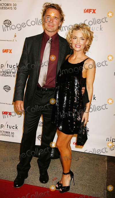 John Schneider Photo - Niptuck Season 5 Premiere Screening Paramount Theatre Hollywood CA 102007 John Schneider and Kelly Carlson Photo Clinton H Wallace-photomundo-Globe Photos Inc