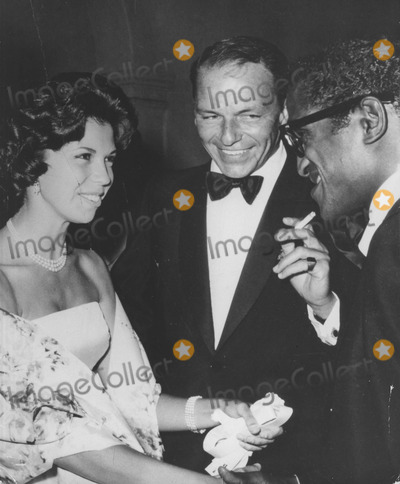 Nancy Sinatra Photo - Nancy Sinatra with Father Frank Sinatra and Sammy Davis jrsupplied by Globe Photos Inc