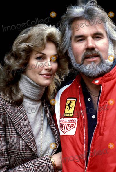 Kenny Rogers Photo - Kenny Rogers and Marianne Photo ByGlobe Photos Inc 1982 Kennyrogersretro