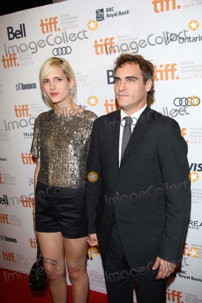 Photos and Pictures - Actor Joaquin Phoenix and Heather ...