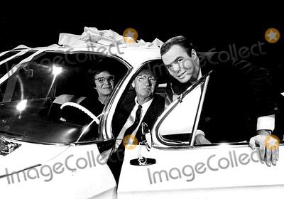 Burt Reynolds Photo - Burt Reynolds with His Parents on the Set of Hawk SmpGlobe Photos Inc
