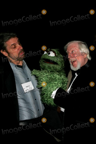 Caroll Spinney Photo - The 59th Annual Christopher Awards Mcgraw-hill Building 04-10-2008 Photos by Rick Mackler Rangefinder-Globe Photos Inc2008 Master Puppeteer Caroll Spinney with Oscar the Grouch and Big Bird