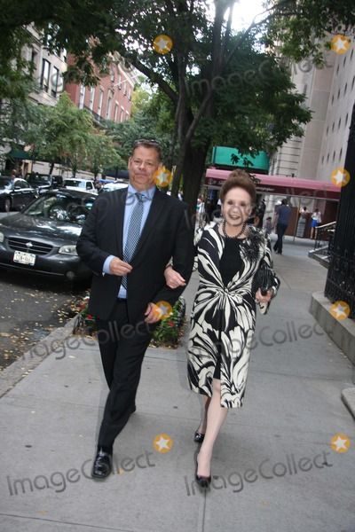 Joan Rivers Photo - Shiva at Joan Rivers Apartment in New York City on Sunday September 7th 2014 Photo by William Regan- Globe Photos Inc 2014 Cindy Adams Shiva at Joan Rivers Apartment in New York City on Sunday September 7th 2014 Photo by William Regan- Globe Photos Inc
